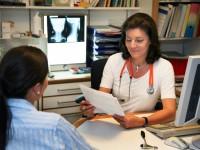 Doctor patient in conversation